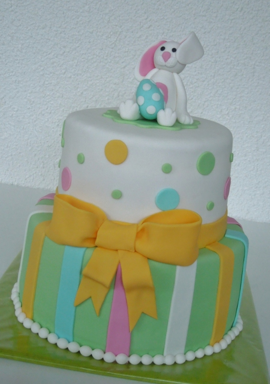 Easterbunny Cake on Cake Central