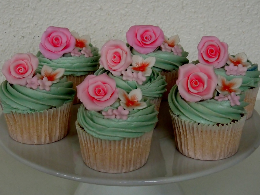 Vintage Cupcakesjpg on Cake Central