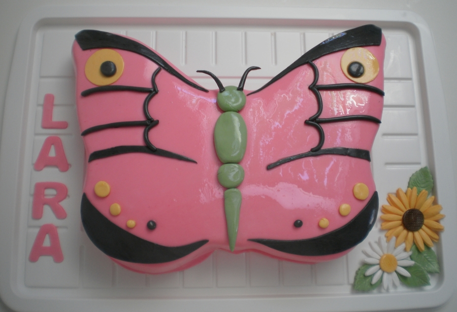 Pink Butterfly on Cake Central