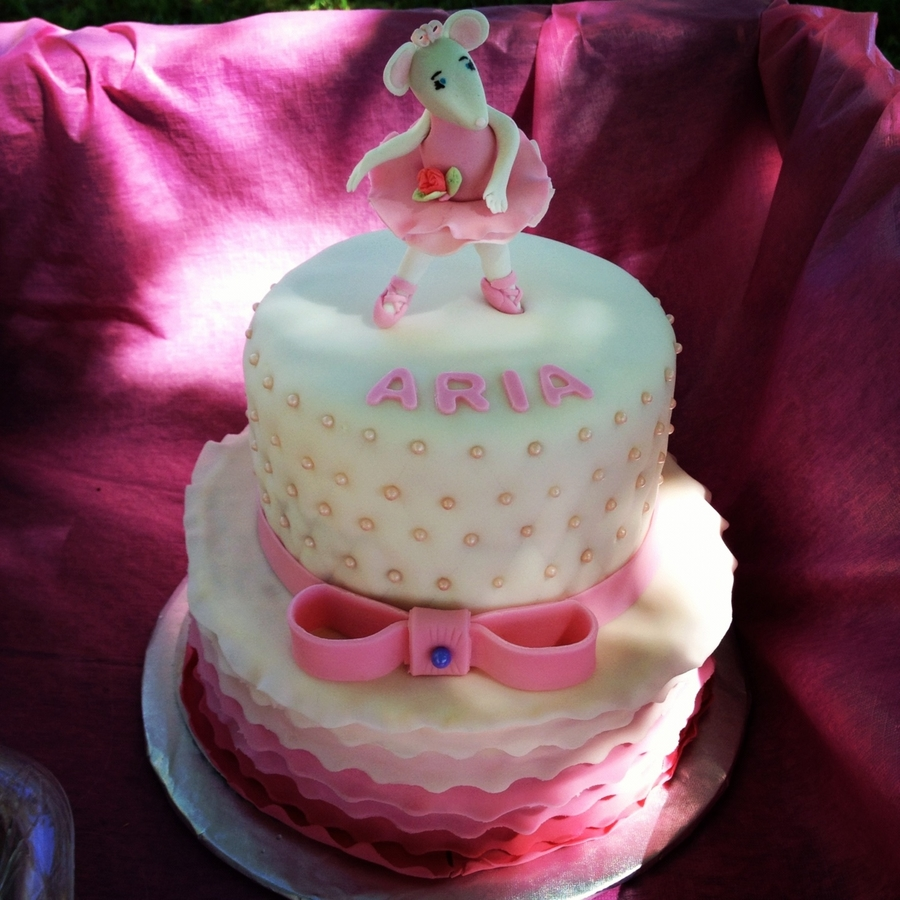Birthday Cake Design For 1 Year Old Baby Girl : Angelina Ballerina Cake - CakeCentral.com