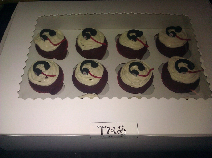 Beats By Tns Headphone Cupcakes on Cake Central