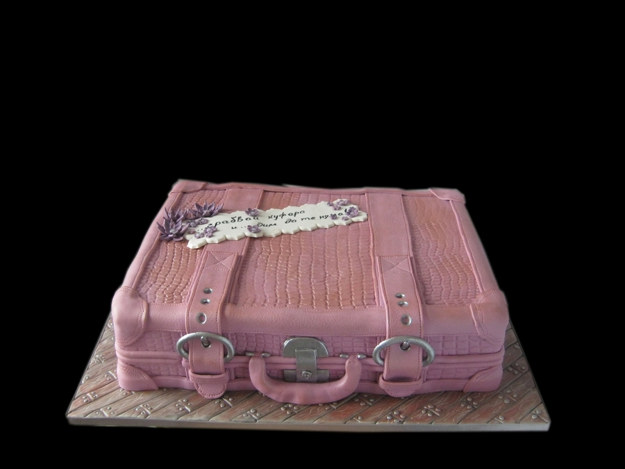 Pink Suitcase Cake - CakeCentral.com