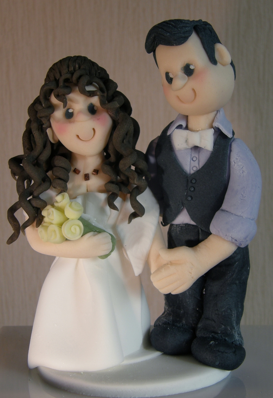 Bride And Groom Topper on Cake Central