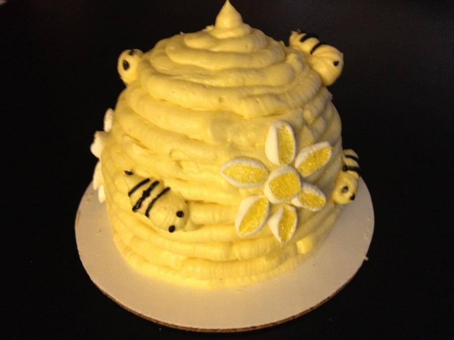 Little Bee Hive on Cake Central
