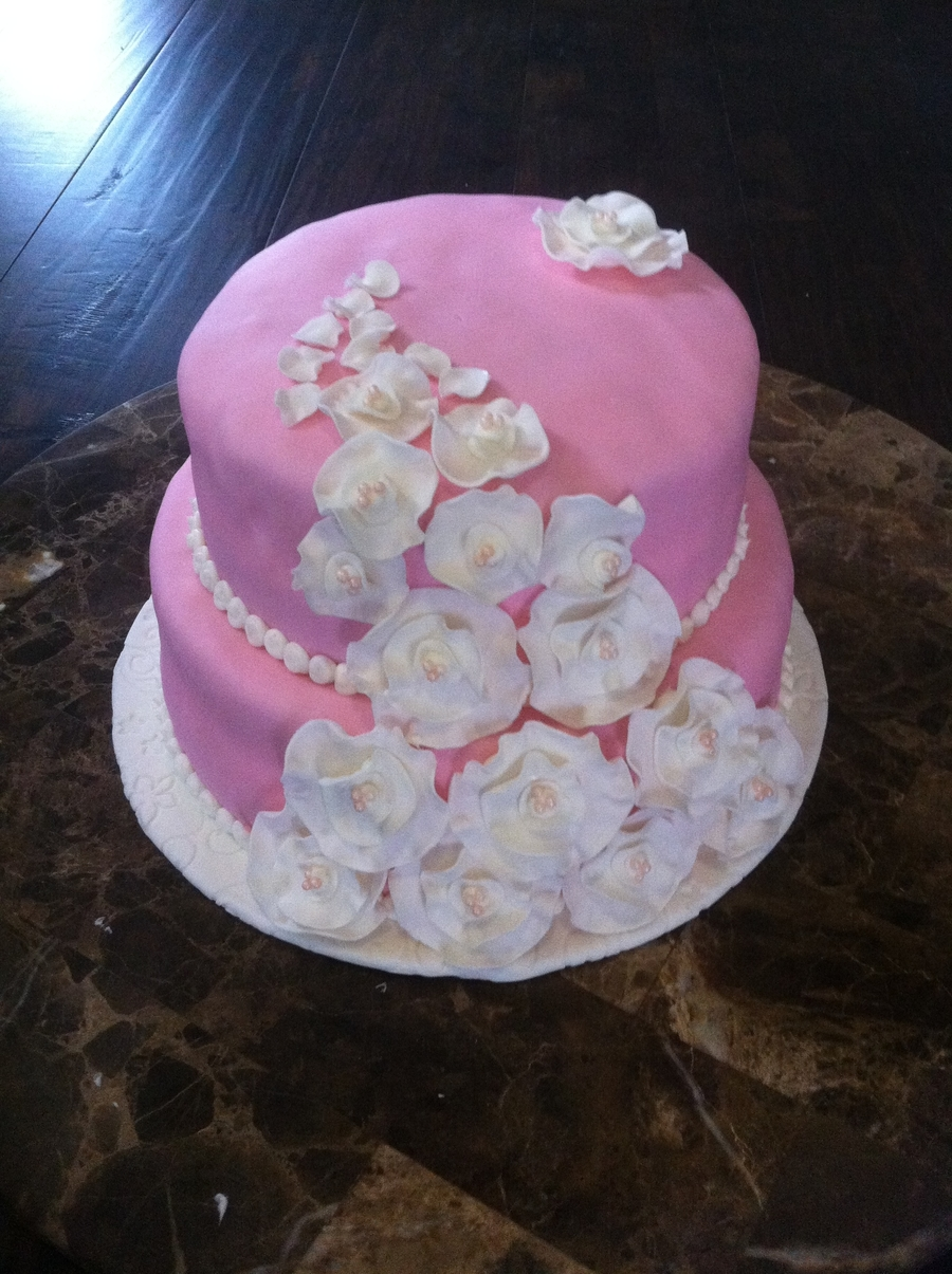 Cake Decorating With Fondant Flowers : Pink Fondant Gumpaste Flower Cake - CakeCentral.com