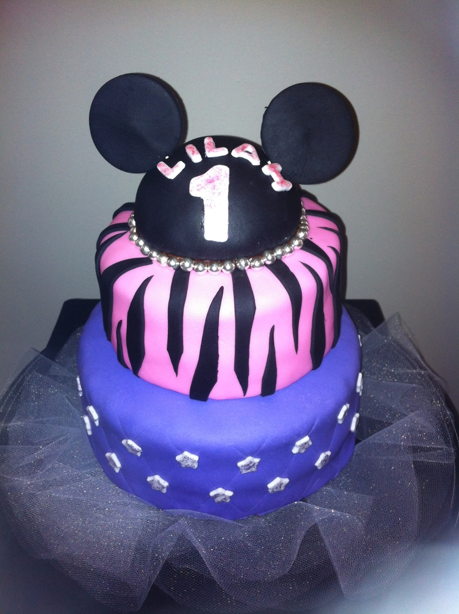 1St Birthday Minnie Theme Cake on Cake Central