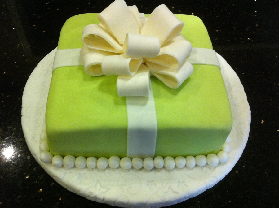 Fondant Cake With Bow on Cake Central