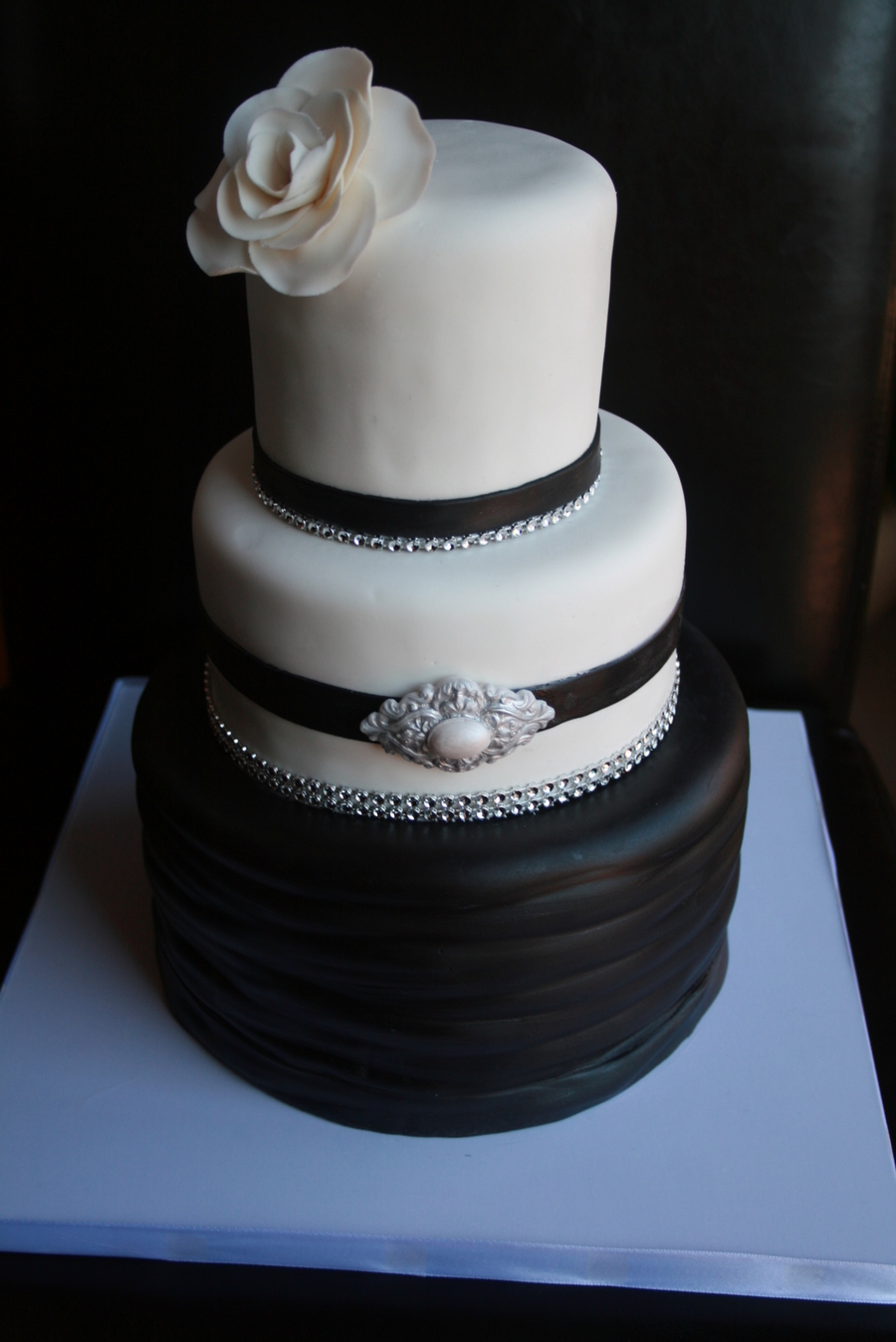 This Classic Black And White Wedding Cake Was For A Small Wedding But It Was Truly One Of The Funnest Cakes I Made That Year on Cake Central