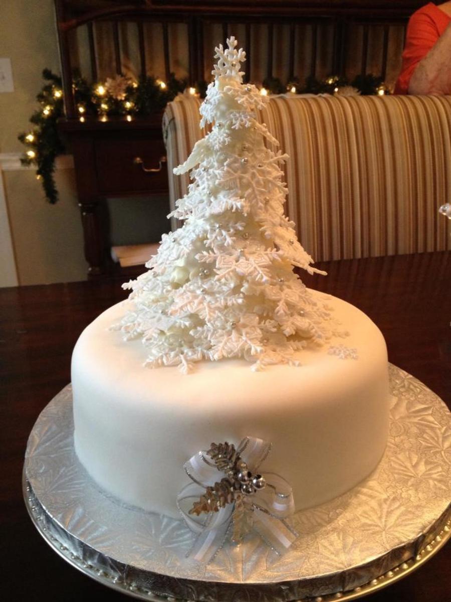 Ice Cake Decorating