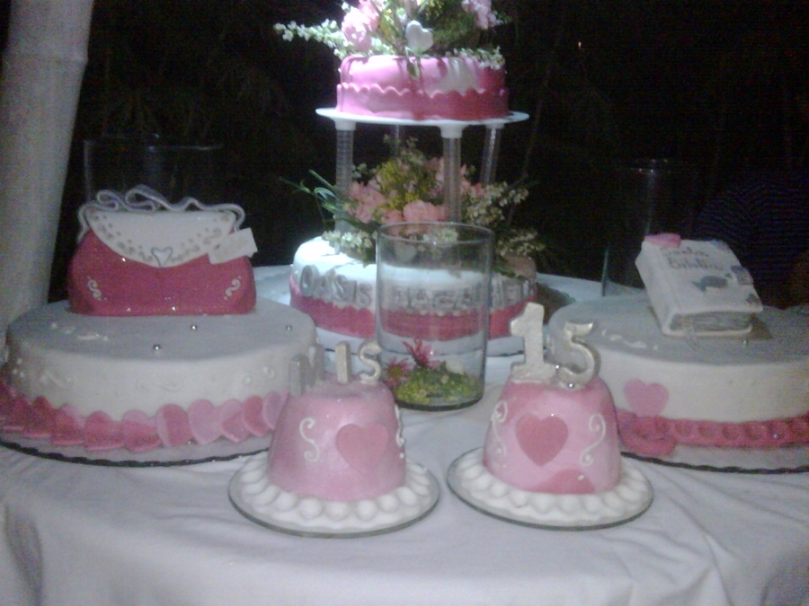 15 A?os Hermoso Rosa on Cake Central