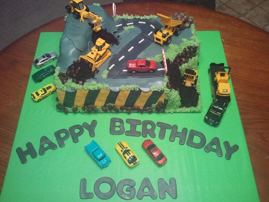 Road Construction Cake Made For My Grandsons 2nd Birthday