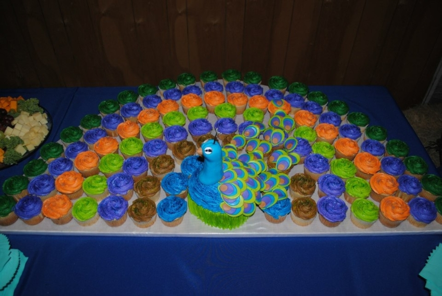 Peacock Cupcake/cake on Cake Central