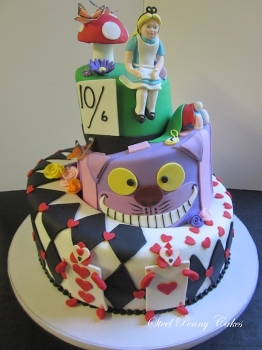 Alice In Wonderland Topsy Turvy on Cake Central