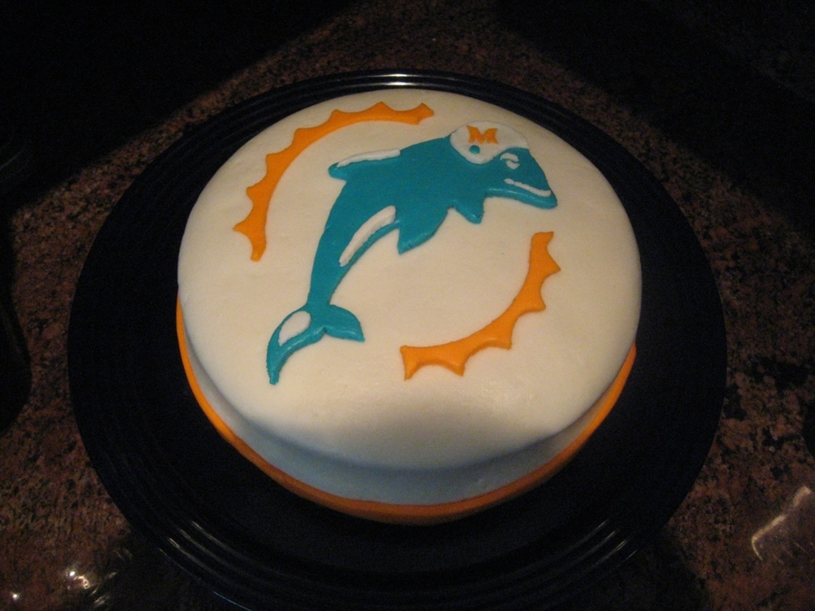 Miami Dolphins Birthday Cake on Cake Central