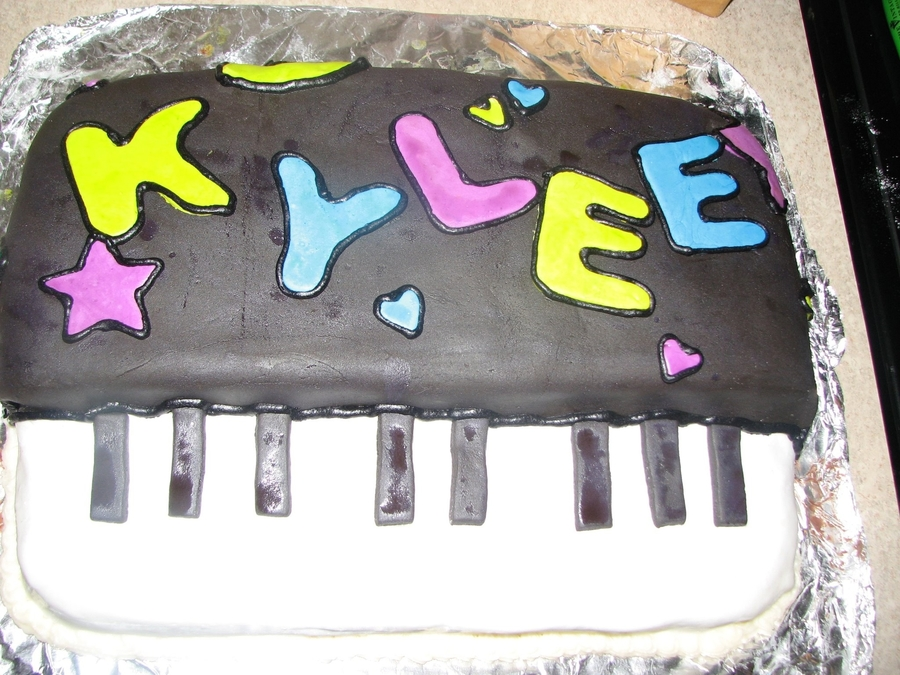 Piano Cake on Cake Central