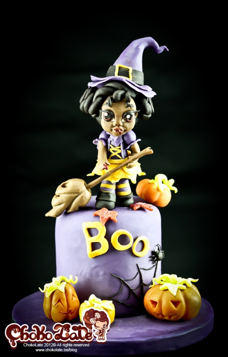 Halloween: Lady Vampiwitch on Cake Central