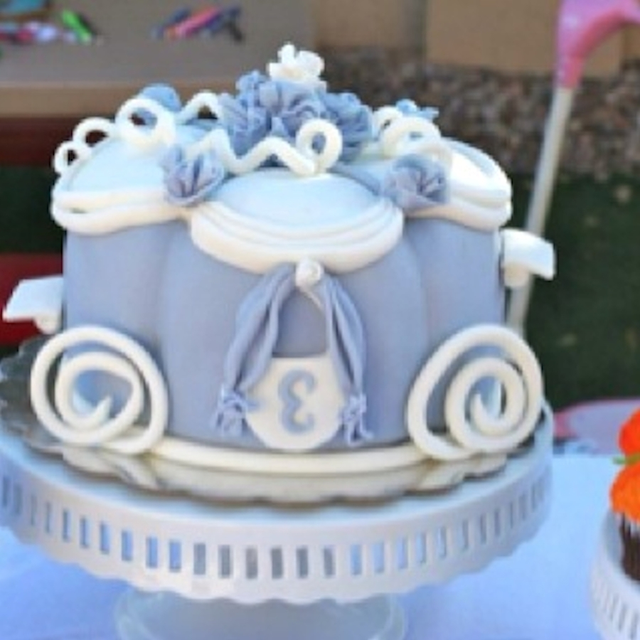 Pumpkin Carriage Cake on Cake Central