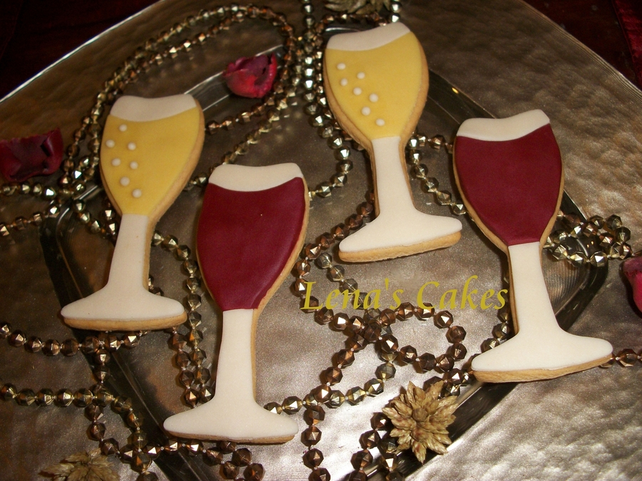 Champagne And Red Wine Cookies! on Cake Central