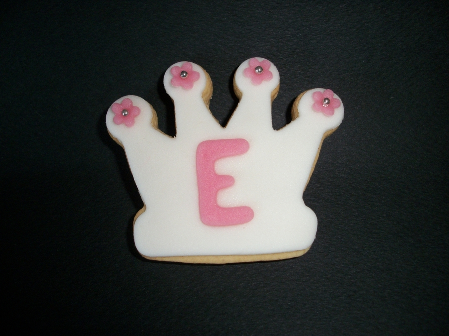 Crown Cookie  on Cake Central