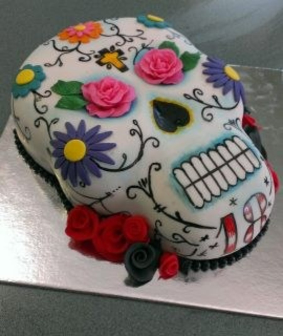 Tesco Halloween Cake Decoration : Sugar Skull Cake Choc Fudge Cake With Fondant Handpainted ...