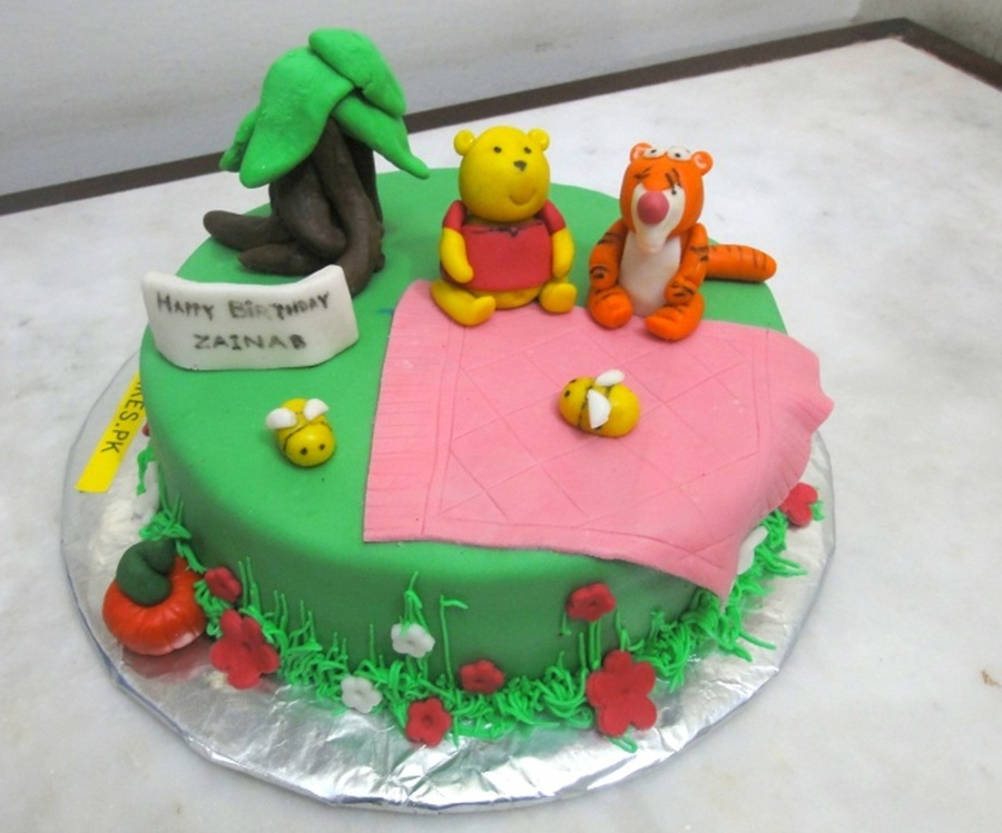 Pooh And Tigger Cake on Cake Central