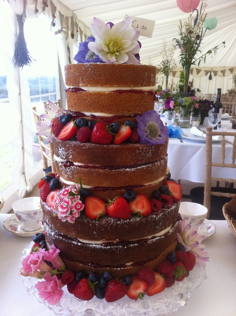 english country wedding cakes country wedding cakecentral 14019