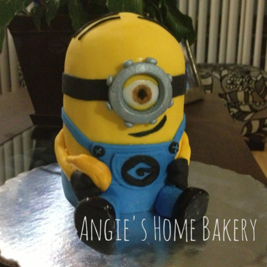This Is A Minion Cake I Made Couple Of Weeks Ago Its Stuart Holding