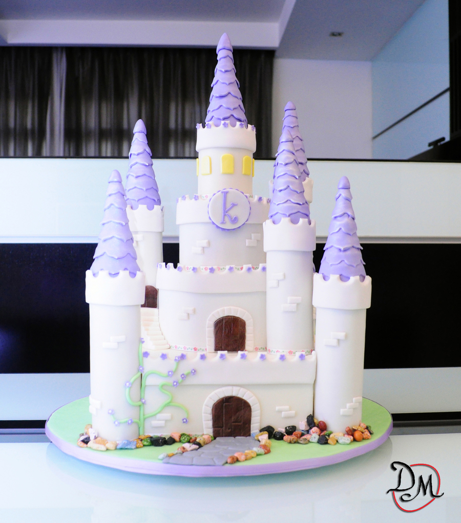 Sofia The First Cake And Dessert Table Cakecentral Com