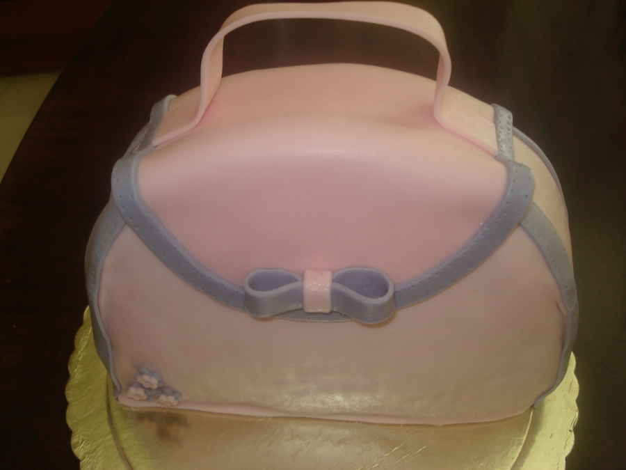 Handbag Chocolate Mud Cake  on Cake Central