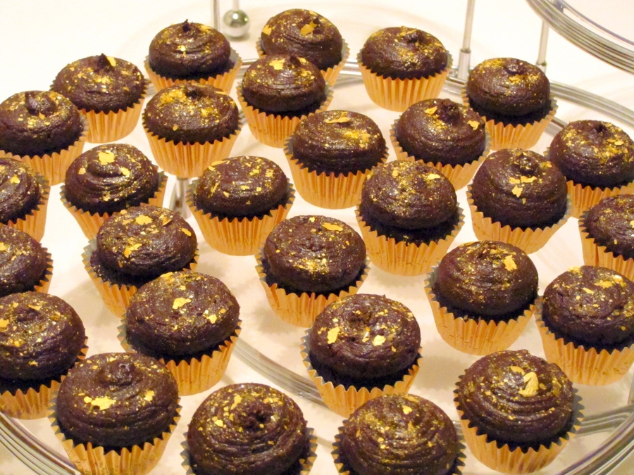 Mini Chocolate Cupcakes on Cake Central