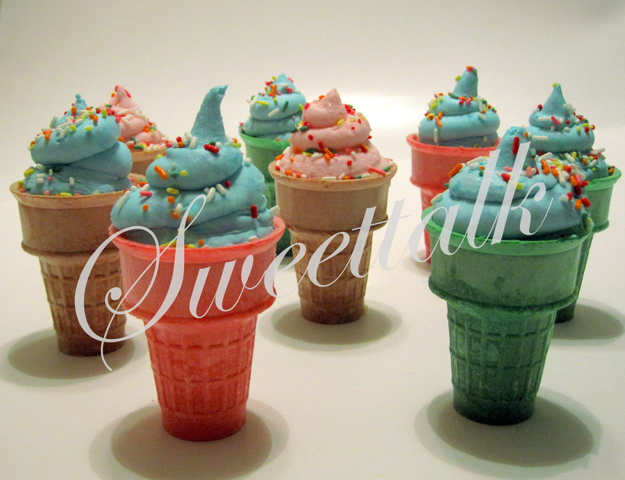 Ice Cream Cone Cupcakes !!! on Cake Central