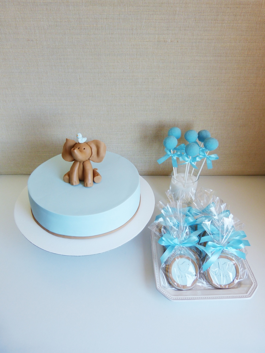 Elephant And Little Bird on Cake Central