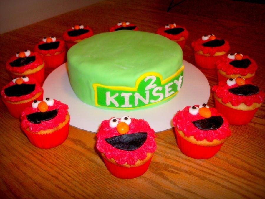 Tremendous Elmo 1St Birthday Cake Cakecentral Com Personalised Birthday Cards Epsylily Jamesorg