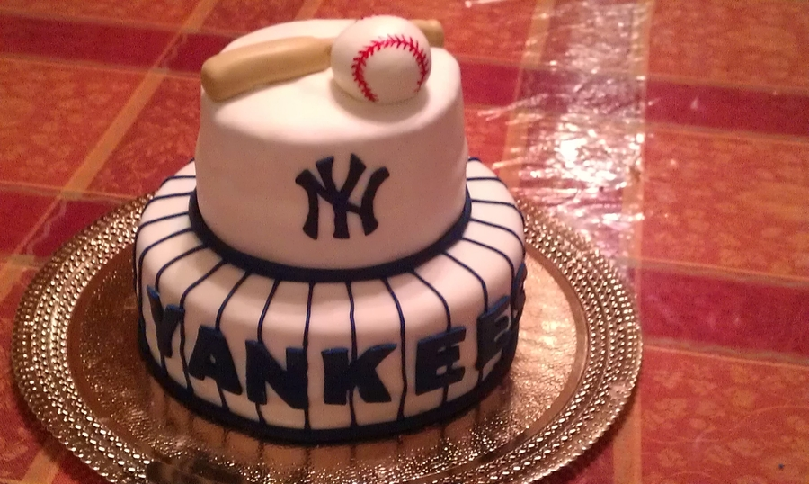 New York Yankees on Cake Central