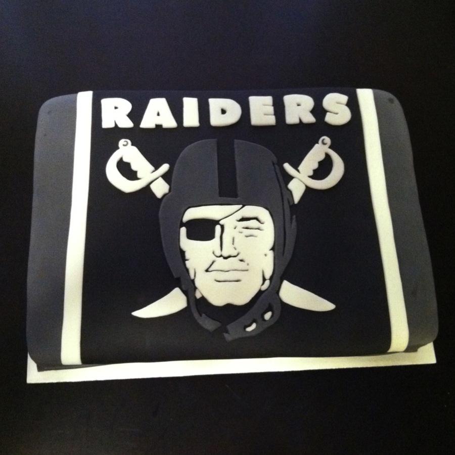 Superb Oakland Raiders Birthday Cake I Made Cakecentral Com Funny Birthday Cards Online Inifofree Goldxyz