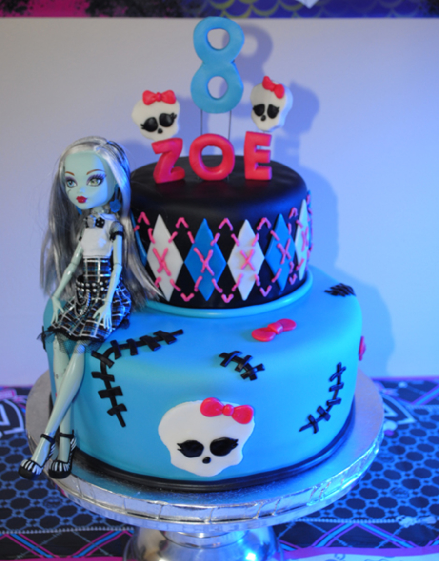 Admirable Monster High Frankie Stein Birthday Cake Cakecentral Com Funny Birthday Cards Online Fluifree Goldxyz