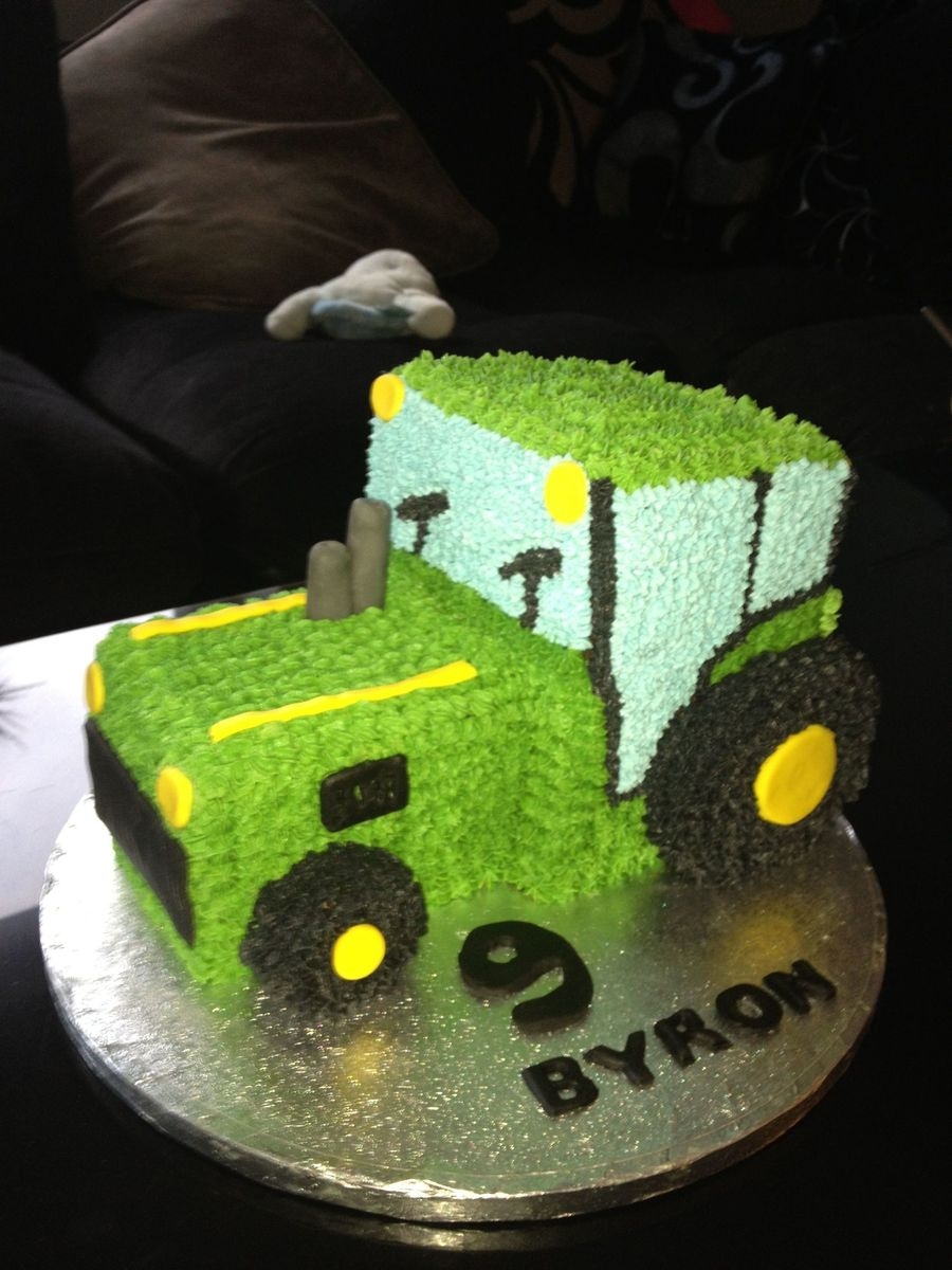 Tractor :) on Cake Central