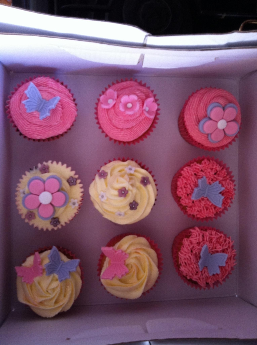 Cupcakes For A 8 Year Old Birthday Girl :) on Cake Central
