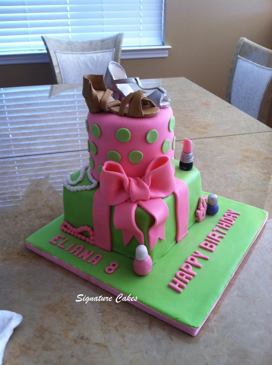 Fashion Themed Cake on Cake Central