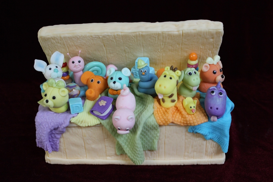 Toy Box With Animals on Cake Central