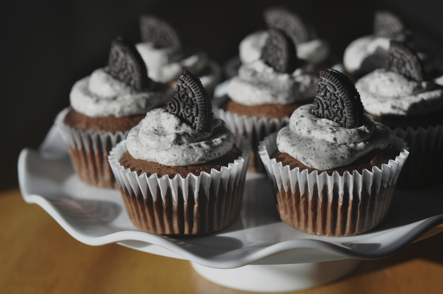 Chocolate Cupcake With Cookies And Cream Buttercream on Cake Central
