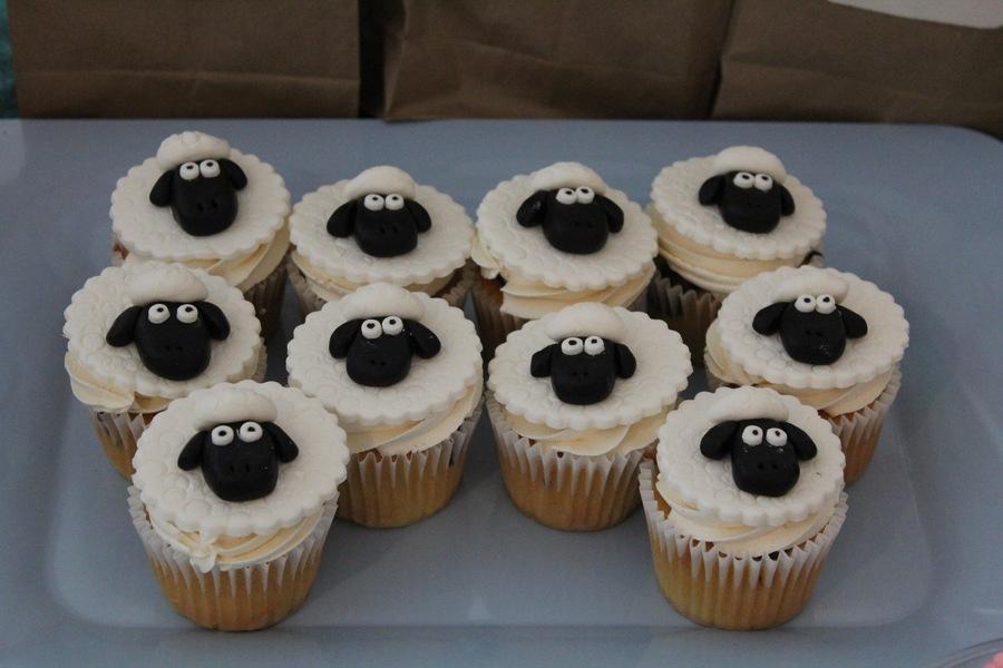 Skylanders Sheep Cupcakes - CakeCentral.com