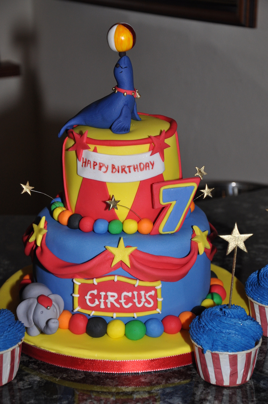 Circus  on Cake Central