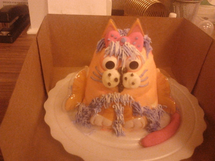 Girly Cat on Cake Central