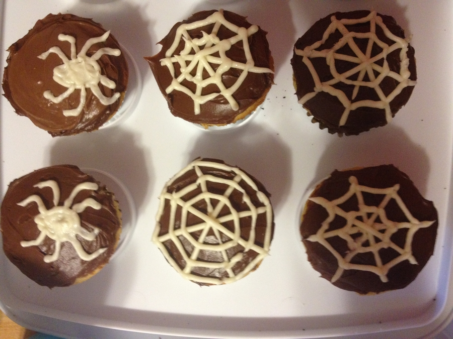 Spider Cupcakes on Cake Central
