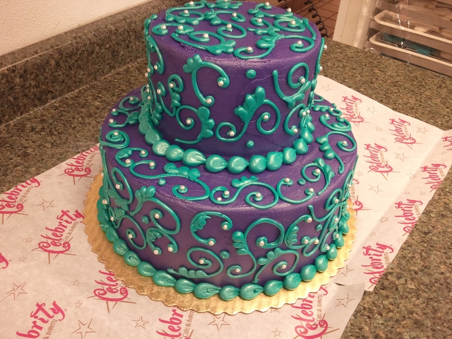 Scroll Work on Cake Central