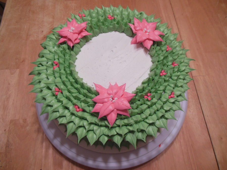 Holiday Wreath Cake on Cake Central