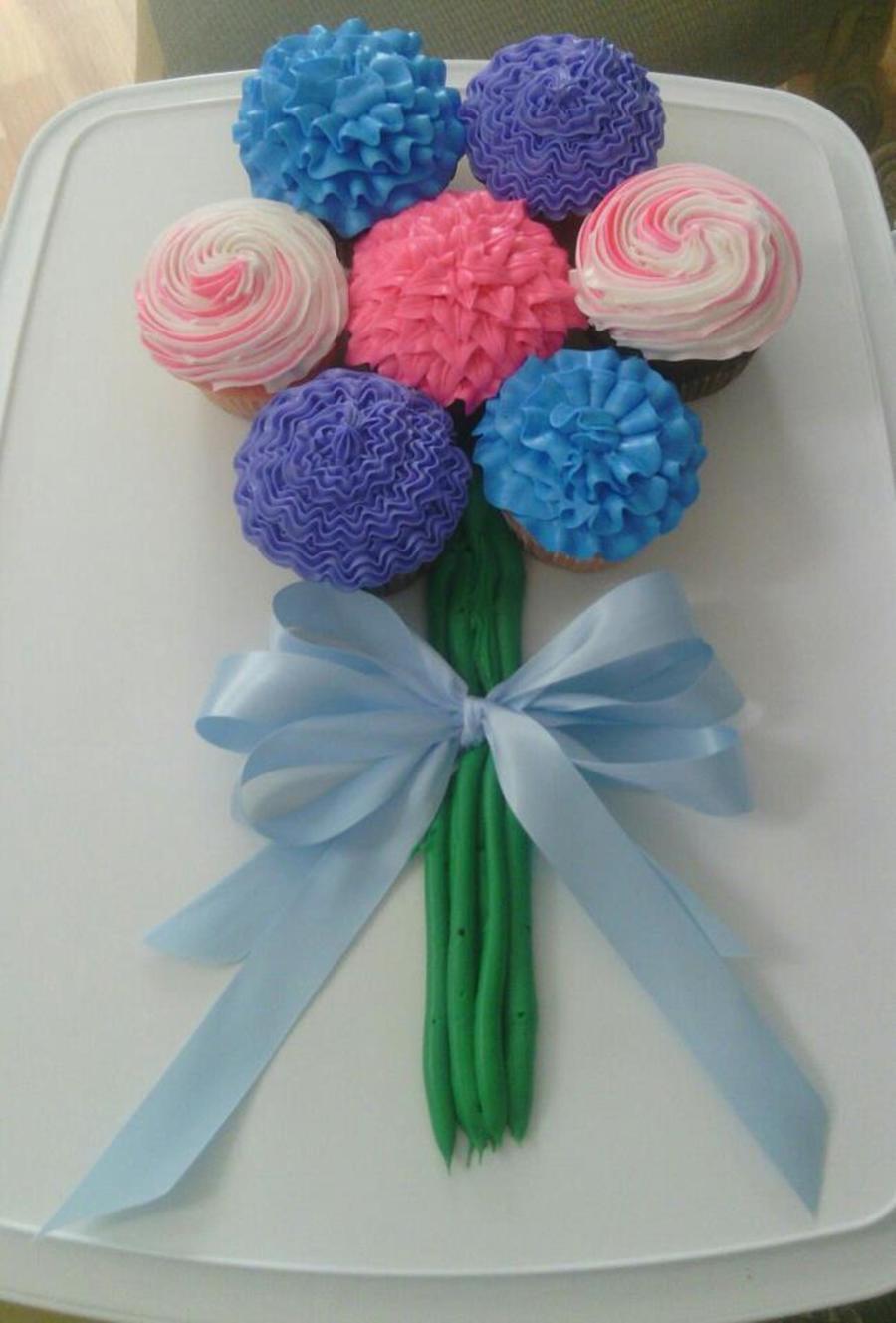 Cupcake Flower Bouquet Cakecentral Com