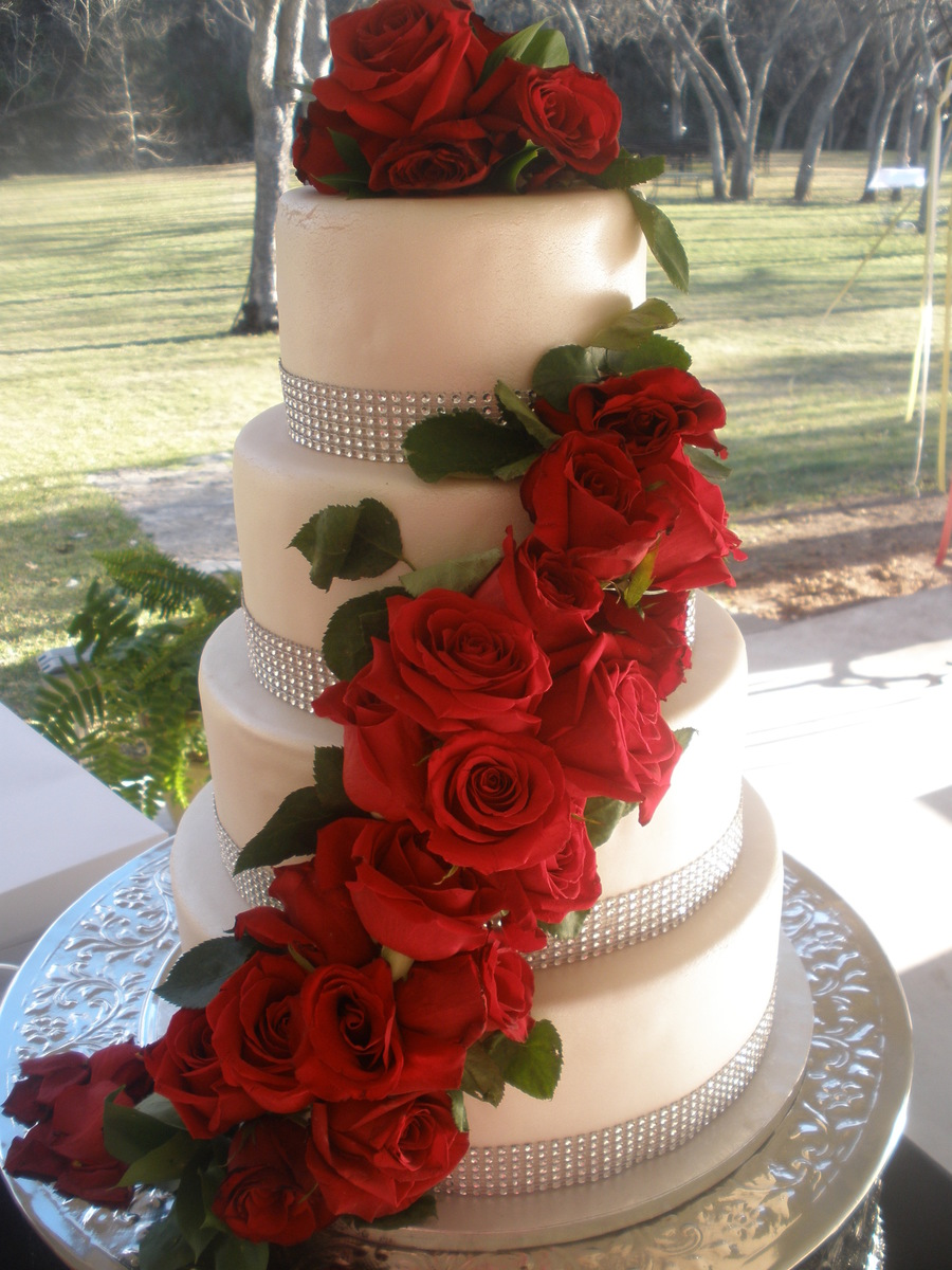 4 tier wedding cake with red roses 4 tier wedding cake fresh flowers fondant cakecentral 10424