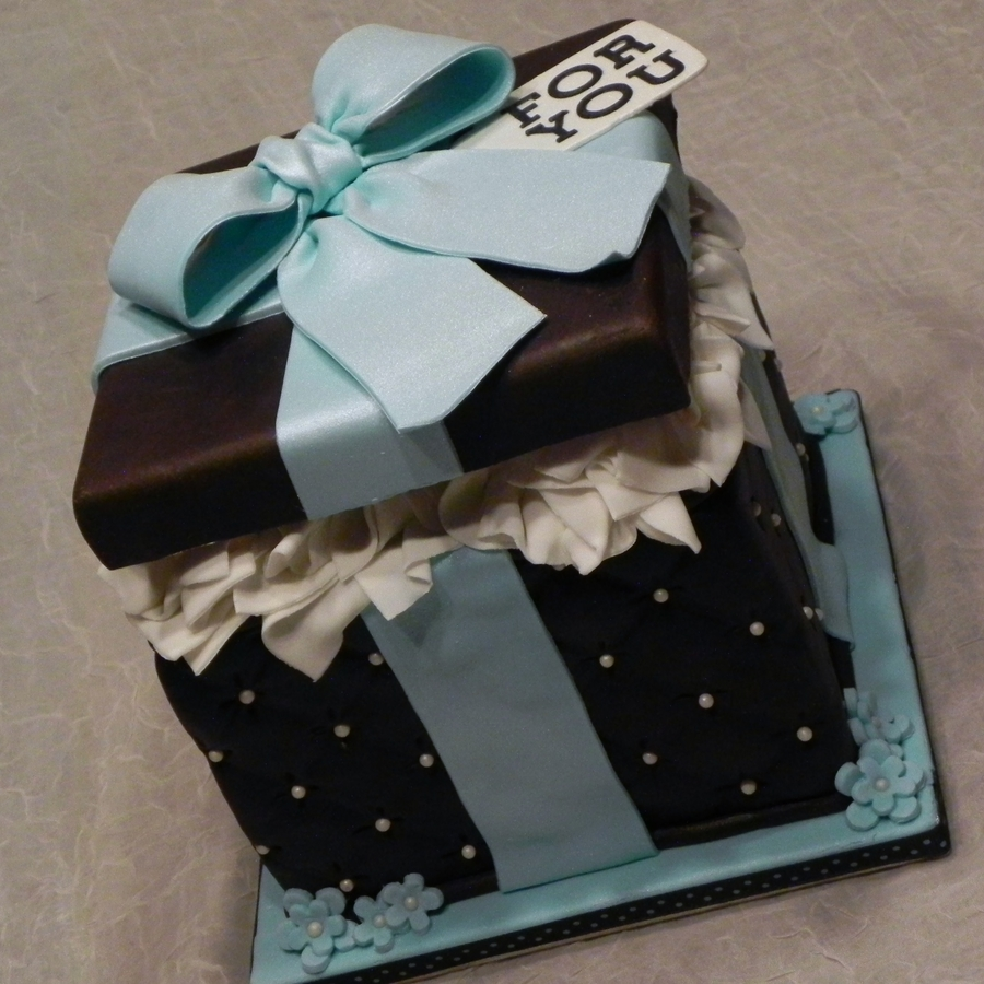 Cake Decorating Gift Box : Teal Blue / Chocolate Gift Box Cake - CakeCentral.com